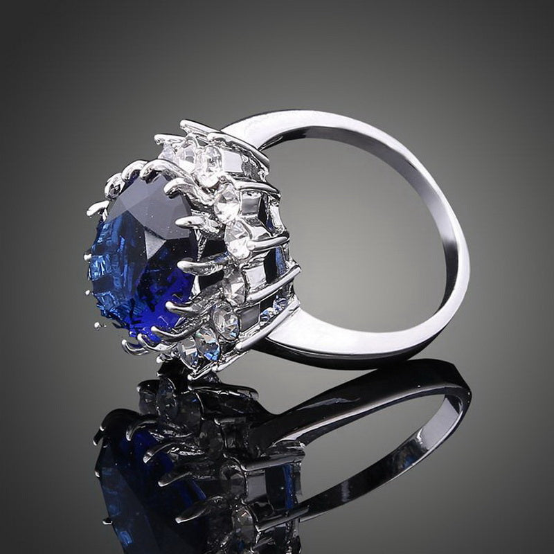 Kate Middleton Blue Sapphire Engagement Ring - The Royal Look For Less