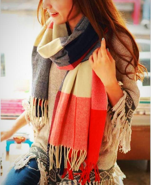 Stylish Plaid Wool Scarf