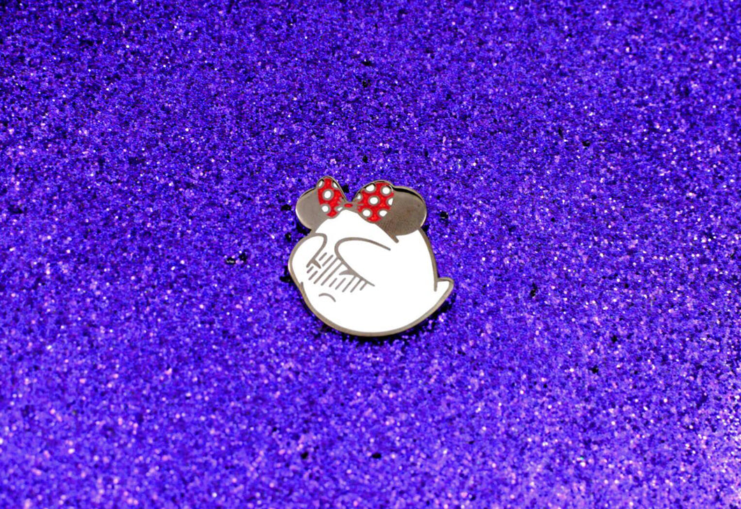 Magic Ghost Pin - Classic with Red Bow
