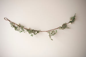 Eucalyptus & Mistletoe Garland with White Gum nuts