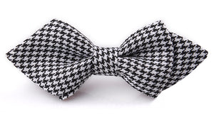 Pointy Elastic Strap Bow Tie - Go Pugs