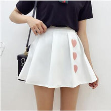 HEART PLEATED SKIRT