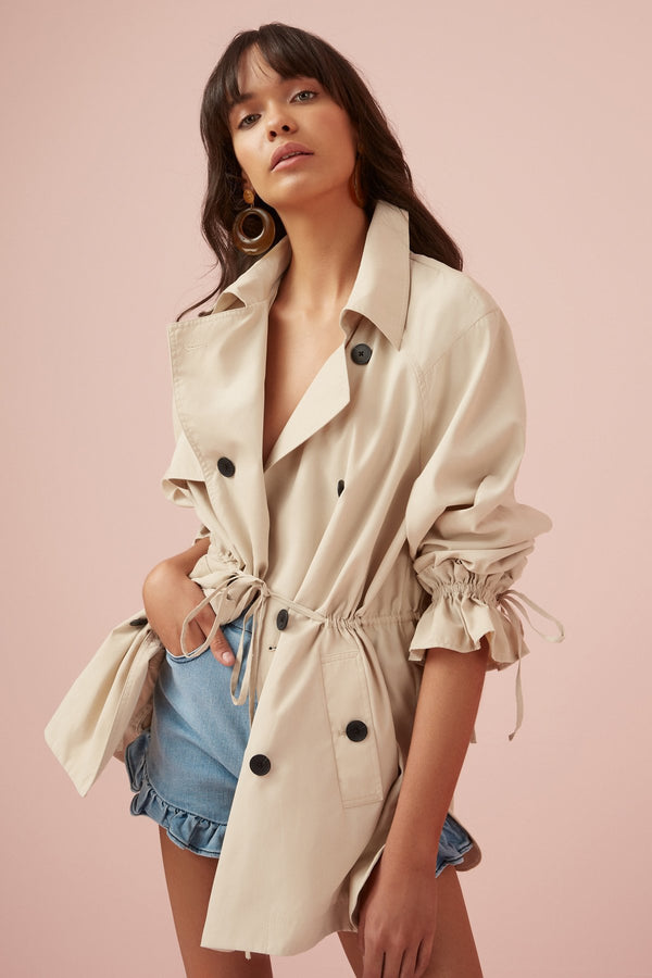Designer Brand: Finders Keepers Product: Light Trench - Fog