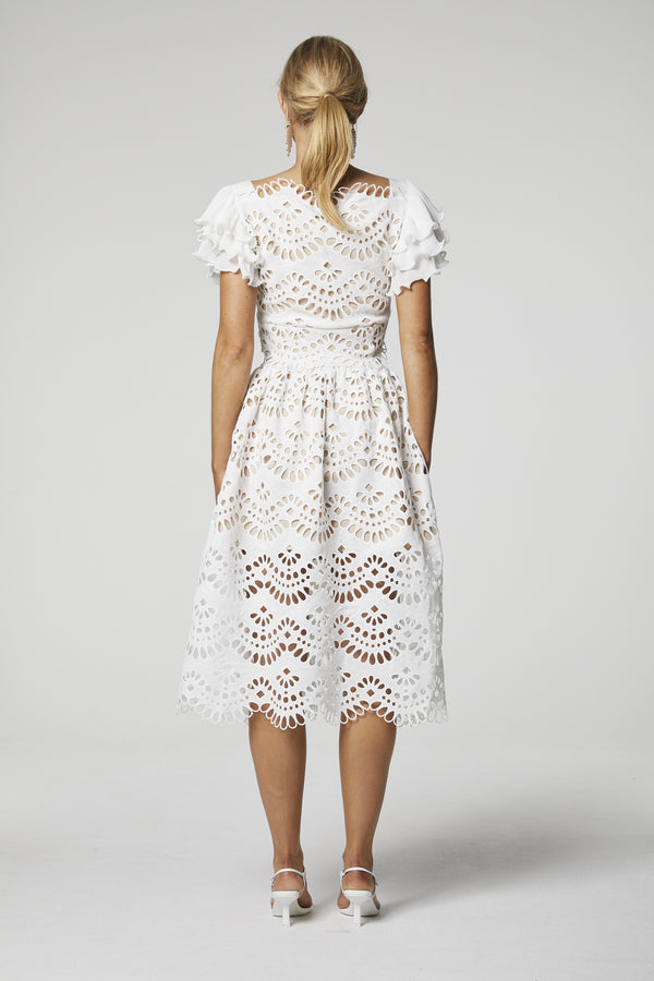 Designer Brand: Elliatt Product: Clemence White Lace Skirt