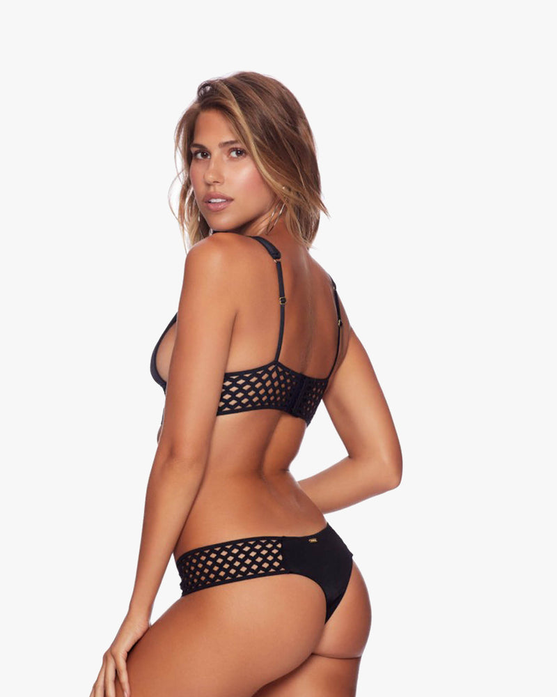 Designer Brand: Beach Bunny Product: Beach Bunny Hayden High Apex Top – Black