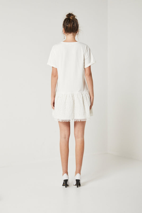 Elliatt Blossom T-Shirt Dress