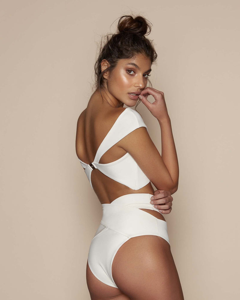 Designer Brand: Kopper & Zink Product: Kopper & Zink Duke High Waist Bottom – Off White
