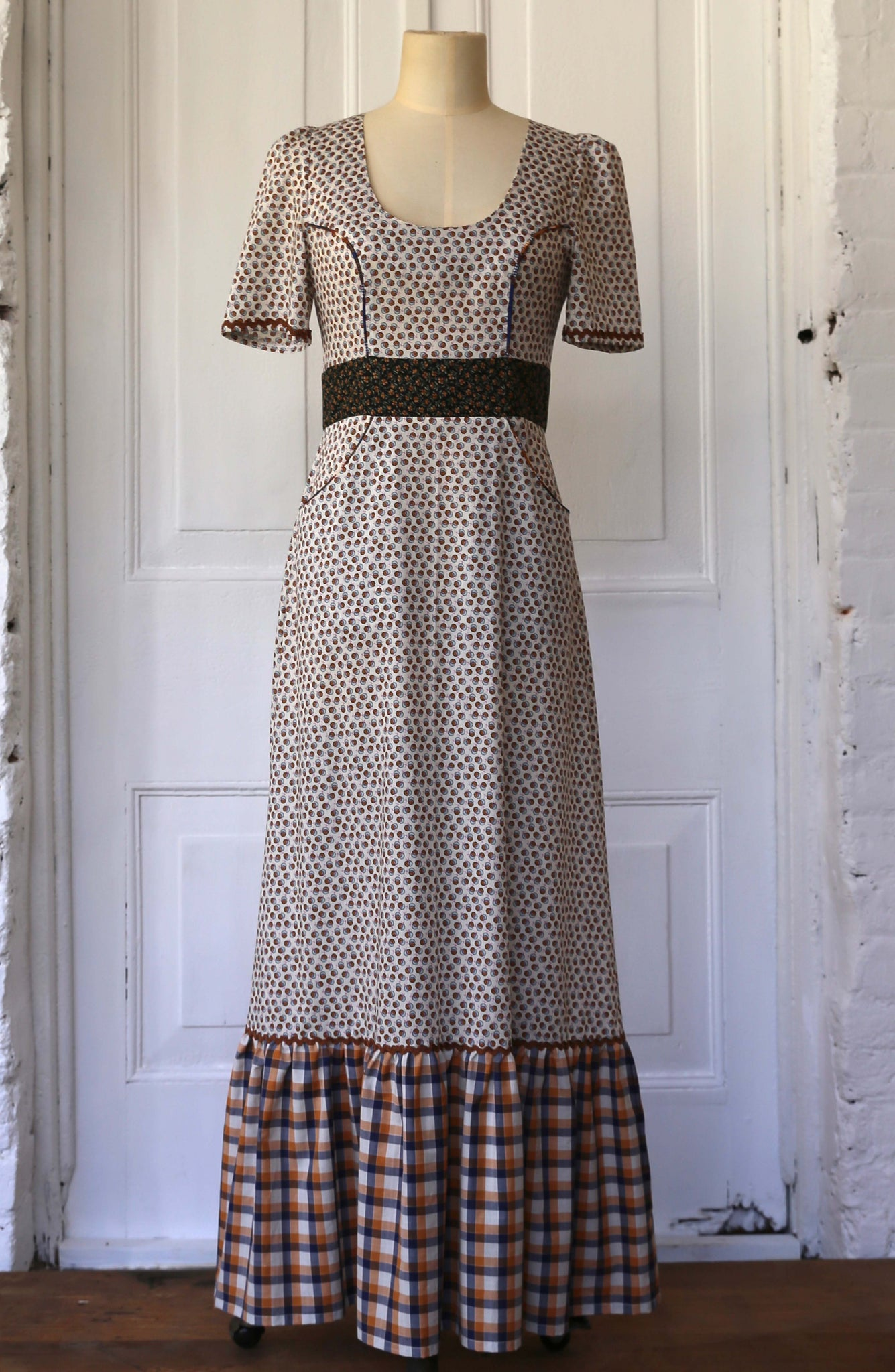 Country Prairie dress size 10 SOLD OUT