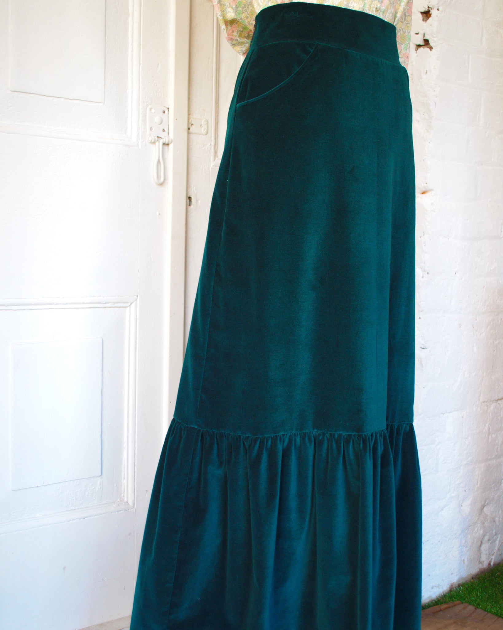 Hendrix Green Velvet Skirt in size 12