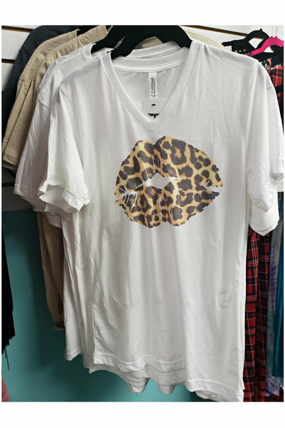 Leopard Lips V-neck Tee