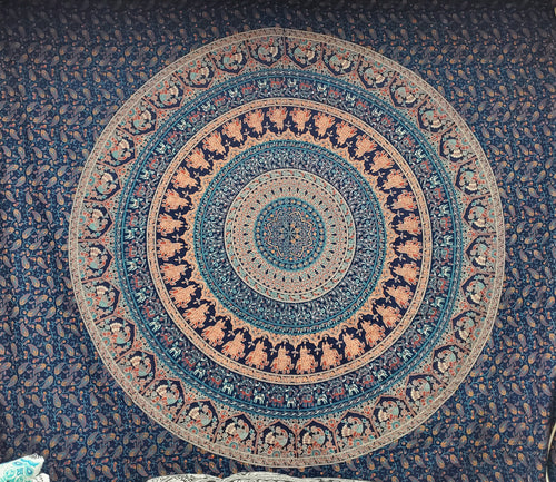 Round Mandala Queen Tapestry