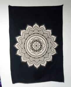 FREE Mini Tapestry *with Tapestry Purchase*