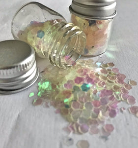Iridescent Holographic Biodegrable Glitter