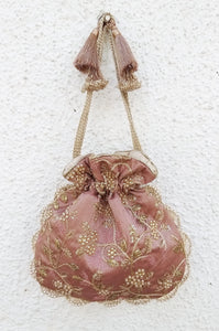 Mauve embroidered pearl potli