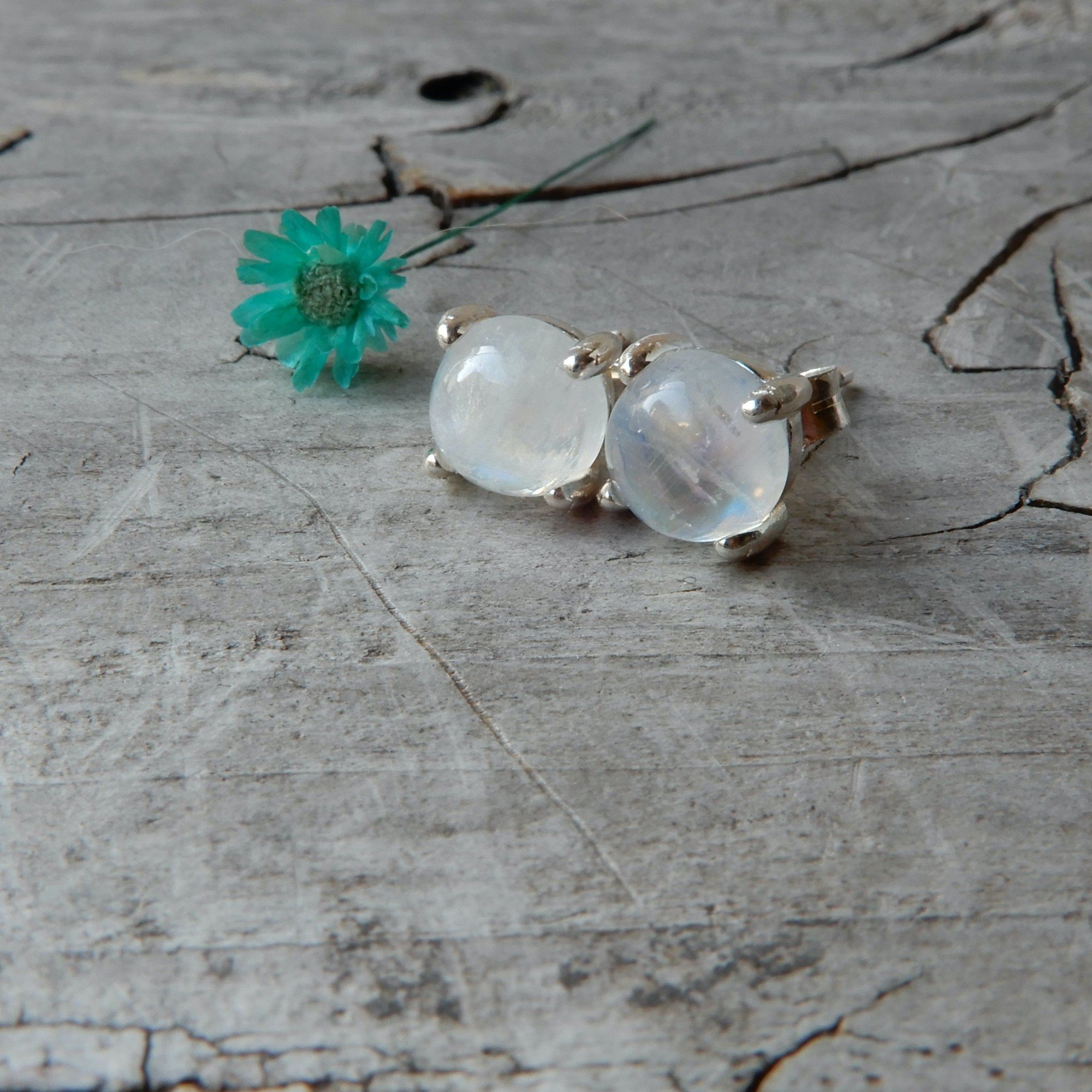 Earring - Rainbow Moonstone Silver Studs | 6mm