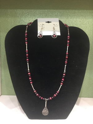 Red Pearls/Swarovski Crystals Necklace and Earring Set