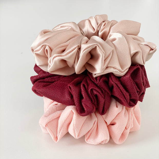 Full of Love Scrunchie Set