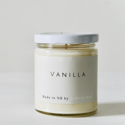A White Nest Vanilla Candle