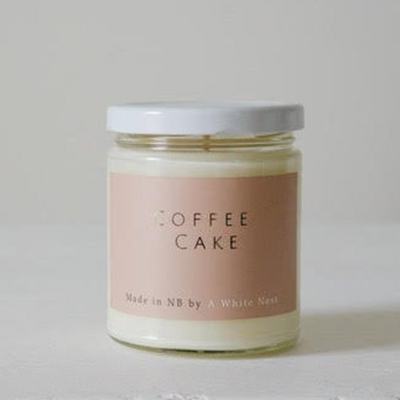 A White Nest Coffee Cake Candle