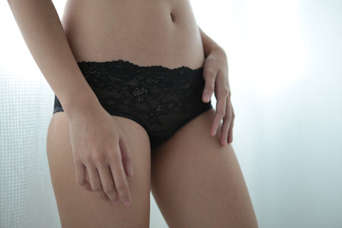 SEFRA neo black lace knickers front detail