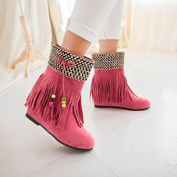 Tassels Beads Decorate Round Toe Flat Short Boots