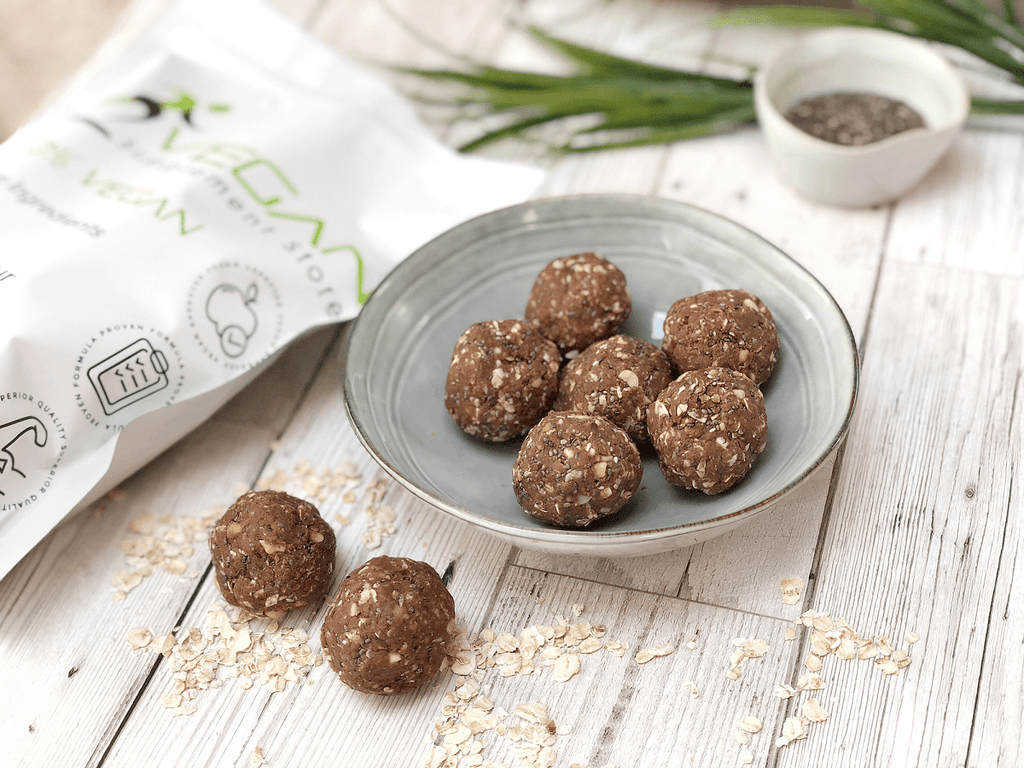 Delicious Chocolate And Peanut Butter Protein Balls