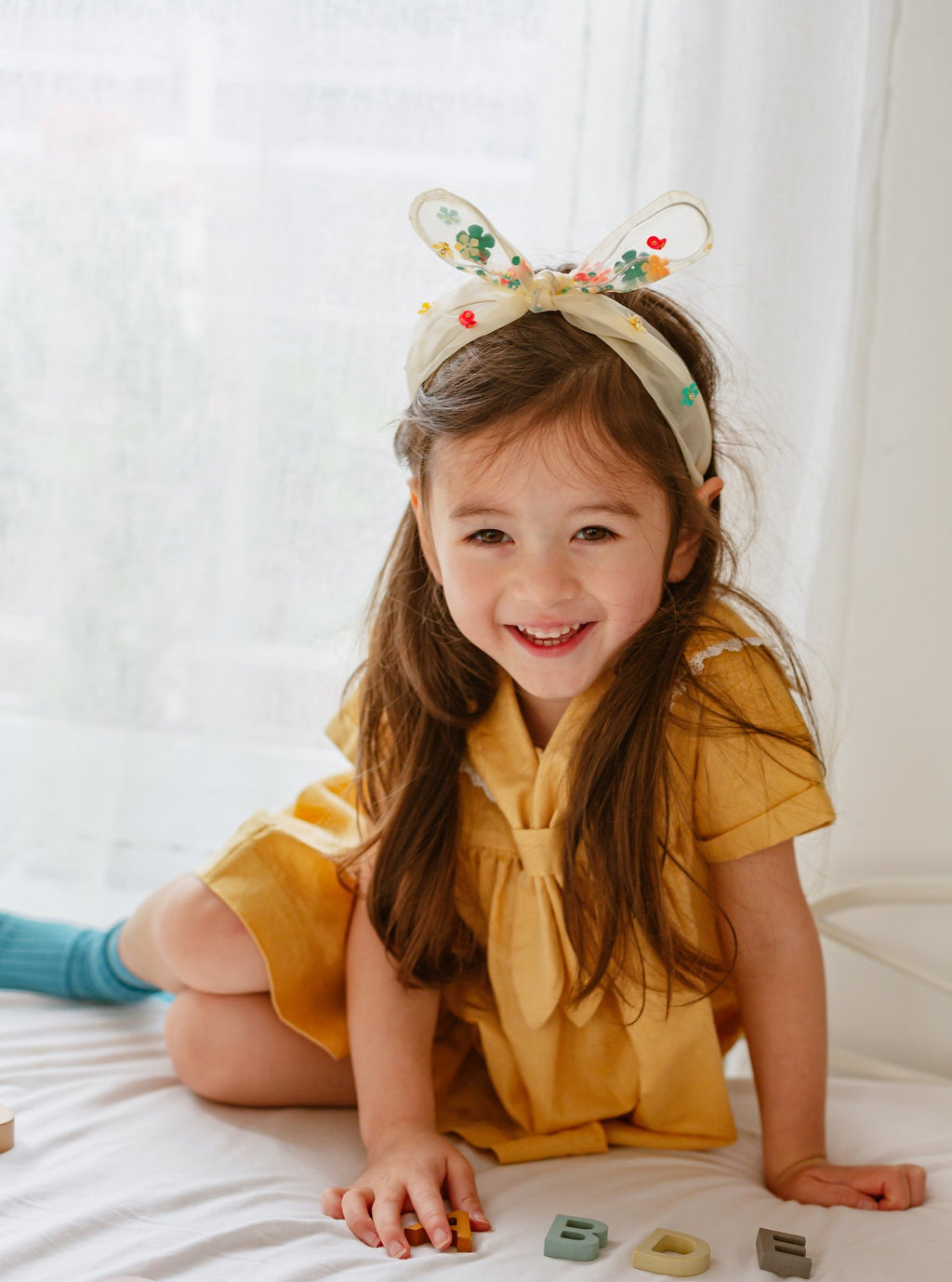 Eva Sparkling Headband, Dreaming Yellow