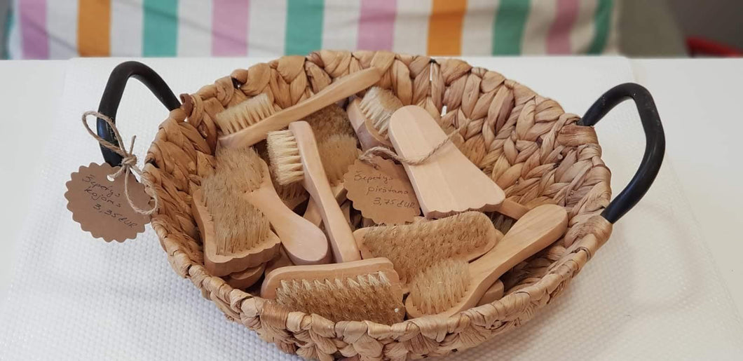 Face, Nail, Toe Brush Suitable for Dry Brushing