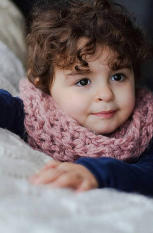 infinity loop scarf | chunky knit - Loops For Littles, handmade knits for infants and toddlers