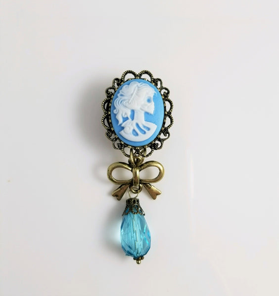 Skeleton Cameo Dangle Plugs - seo-img