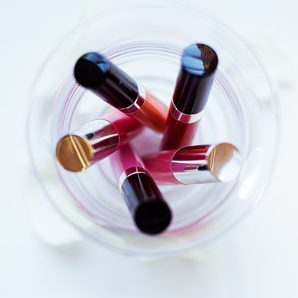 Perfect Lipstick Shades to Seal the Deal!