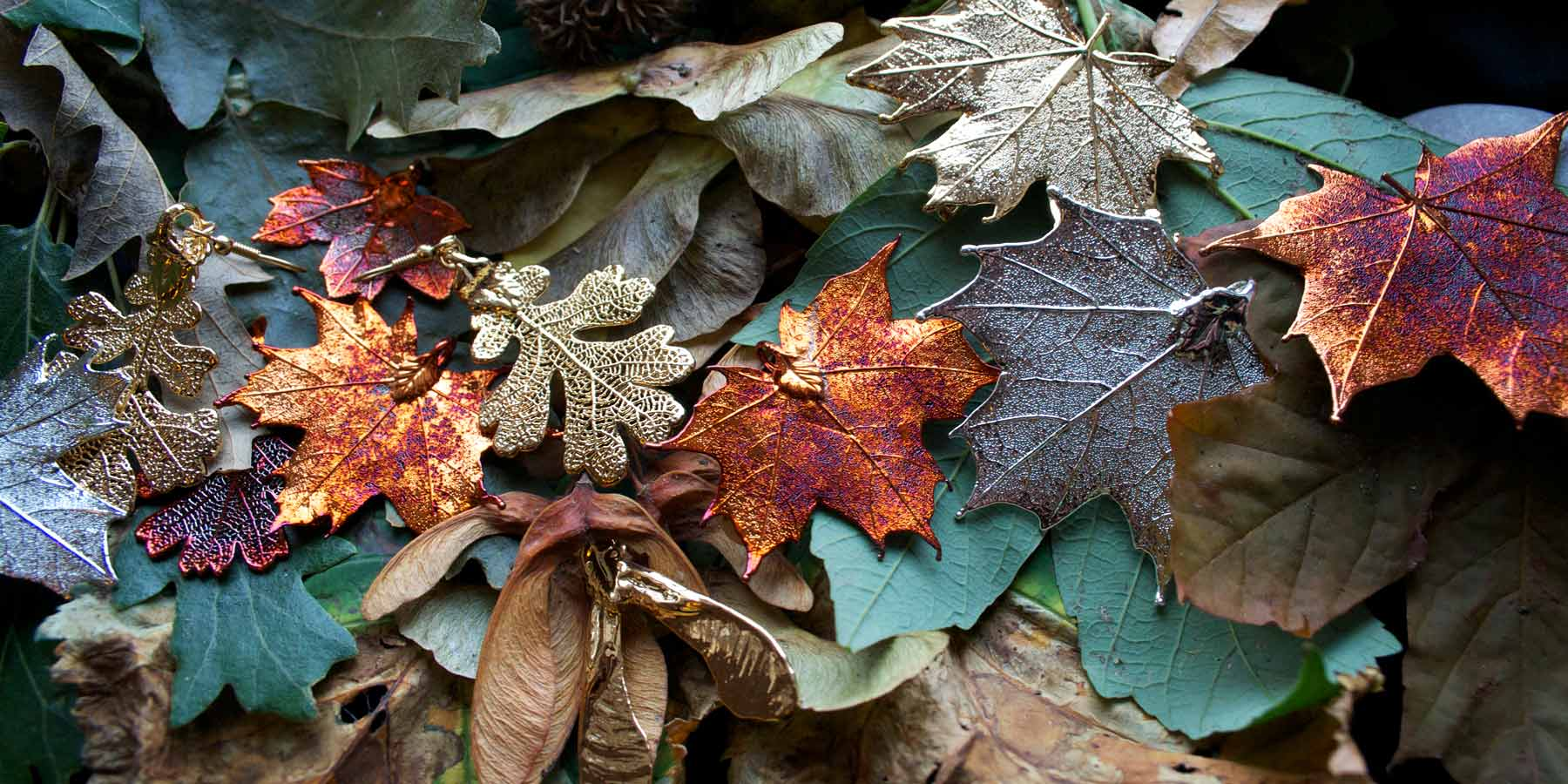 Real leaf jewellery and gifts.