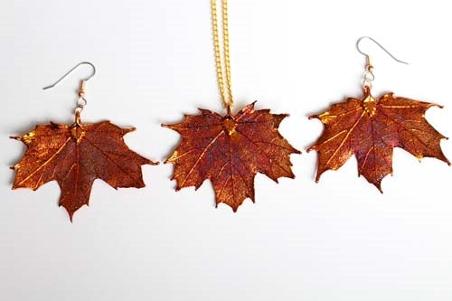 Real Maple leaf iridescent copper necklace and earrings set