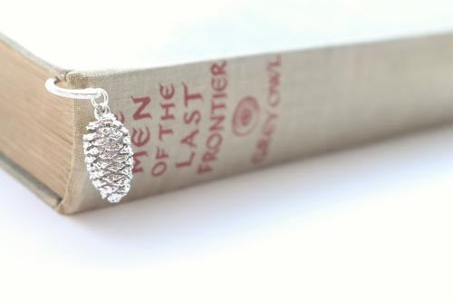 Real Pine cone silver bookmark - Arborvita Real leaf jewellery
