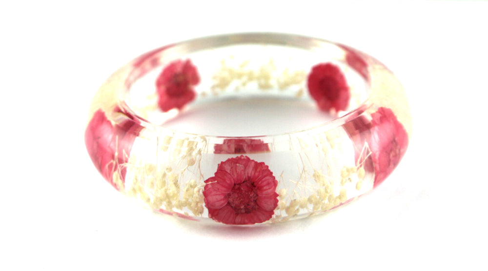 Pink Daisy and white Baby's breath resin bracelet - Arborvita Real leaf jewellery