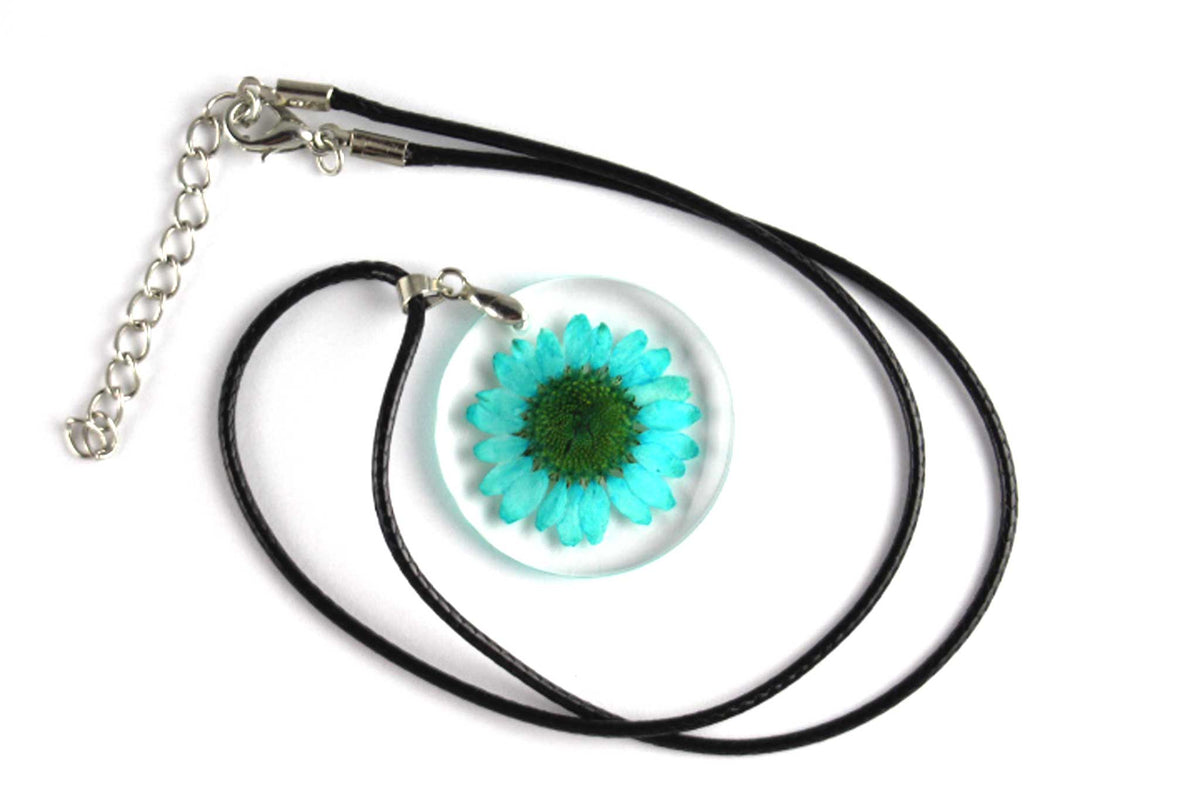 Real Daisy Flower Necklace In Blue - Arborvita