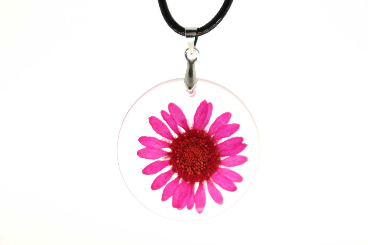 Real Daisy Flower Necklace In Pink - Arborvita