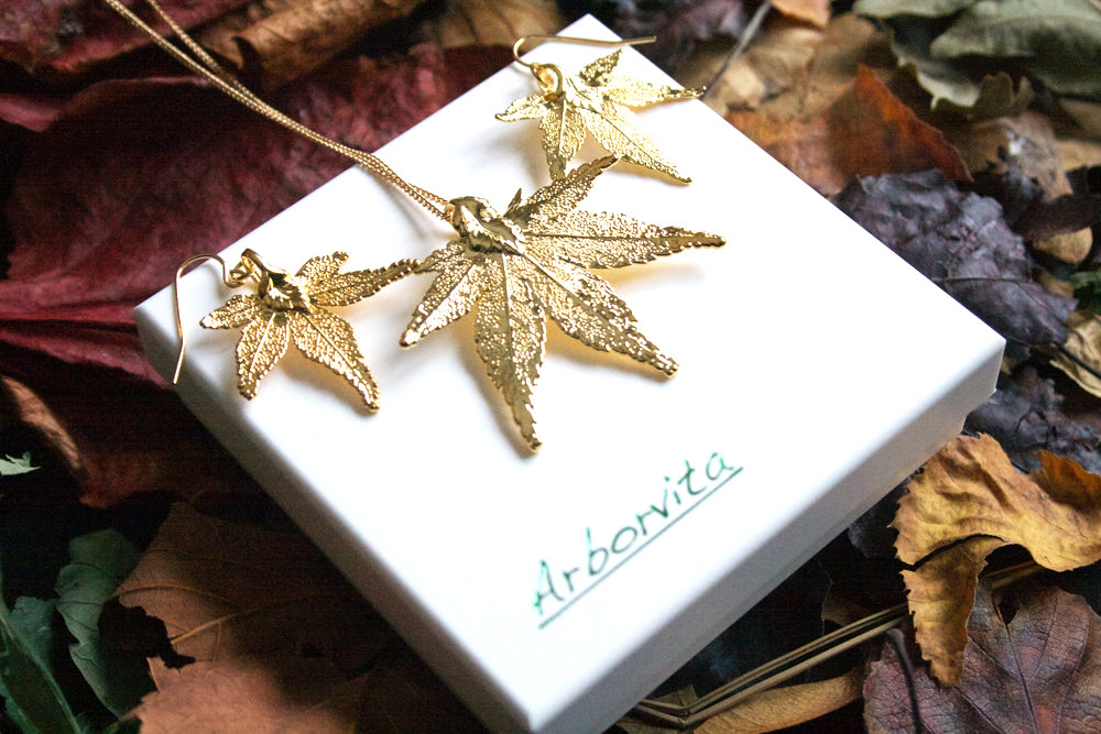 Real Japanese Maple Leaf Gold Jewellery Set - Arborvita Real leaf jewellery