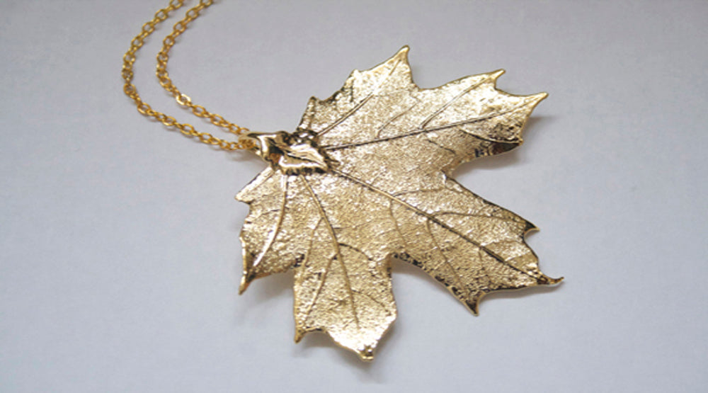 Real Maple leaf gold pendant necklace - Arborvita Real leaf jewellery