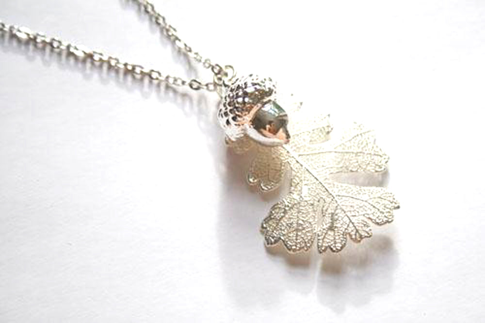 Real Oak Leaf And Acorn Necklace In Silver - Arborvita