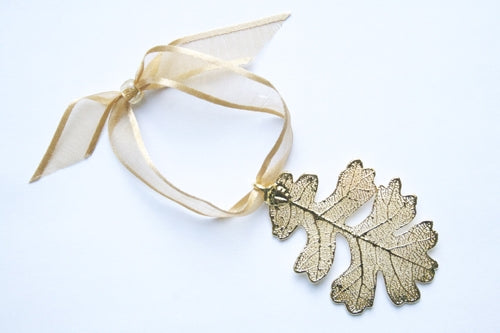 Real Oak leaf gold ornament - Arborvita Real leaf jewellery