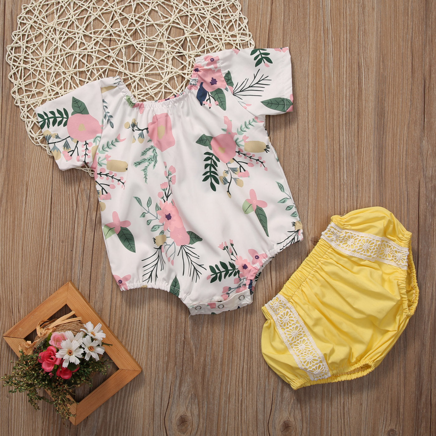 2 pcs Outfit with Floral Top and Yellow Shorts