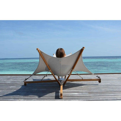 Cacoon Kajito Luxury Deck Chair With Foldable Bamboo Stand