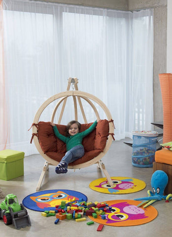 Globo Kid's Hanging Chair And Stand Set