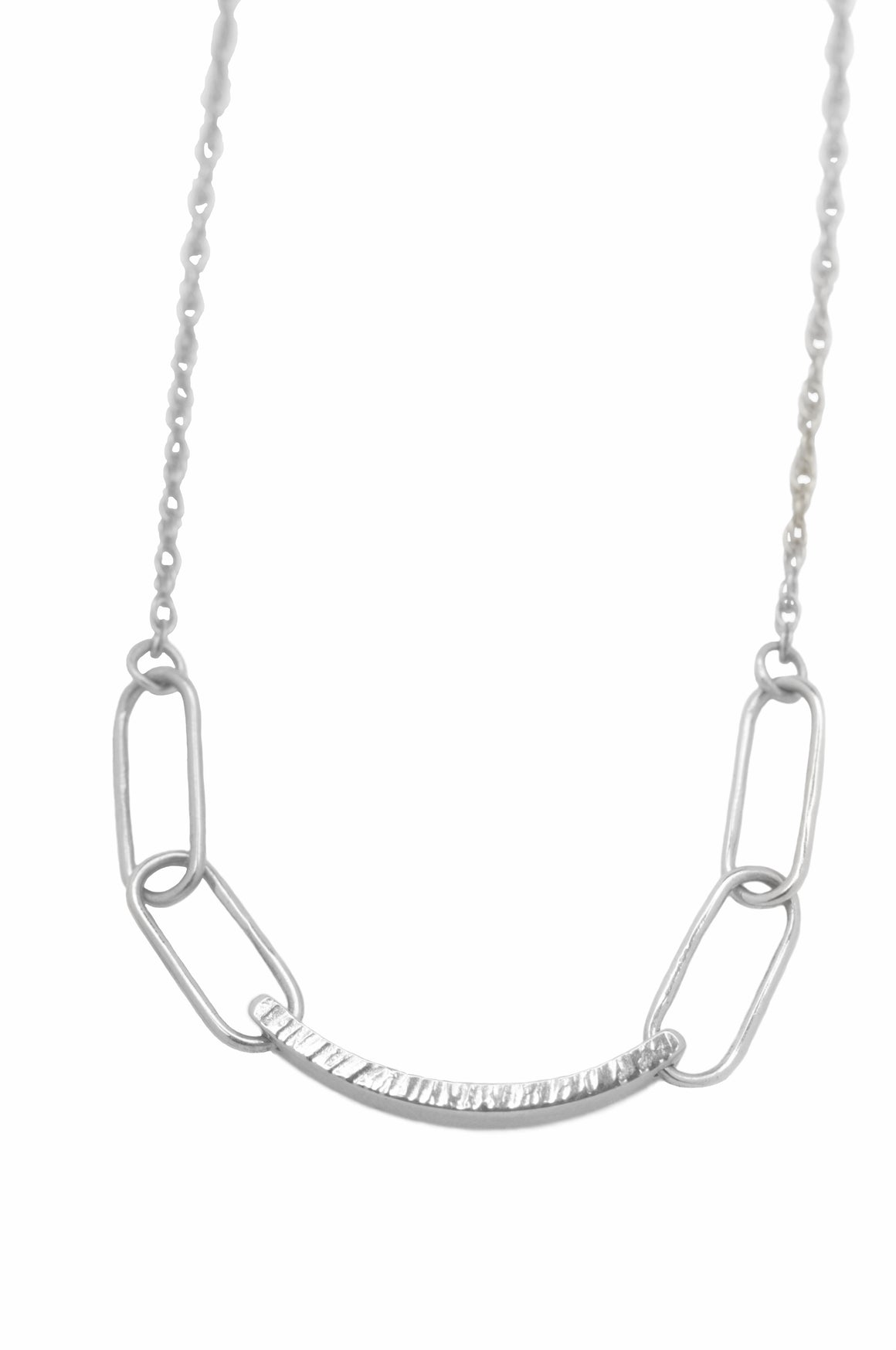 Hammered Link Necklace in Silver