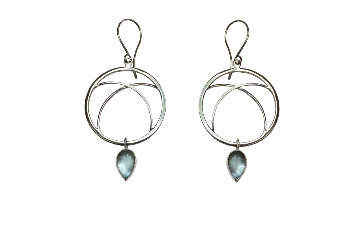 Arc Hoop with Gemstone