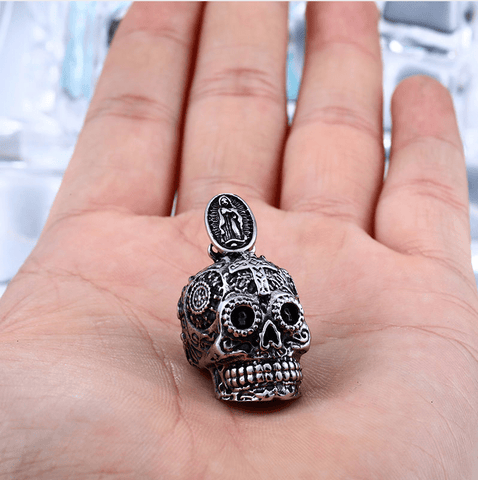 Gothic Skull Pendant - (SELF-DEFENSE CHAIN ATTACHABLE - SEE DESCRIPTION FOR COMPATIBILITY)