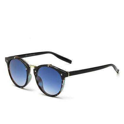 Photochromic Round Sunglasses - THE R/C LOUNGE