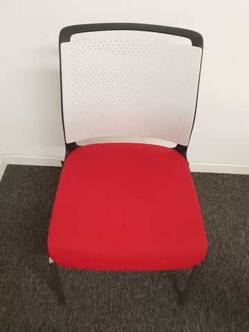 Senator ADLIB meeting chairs, fabric seat, plastic back