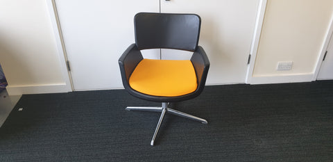 CONNECTION swivel chairs 'black and yellow' - Milton Keynes
